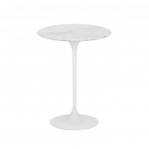 Saarinen  väike laud.jpg