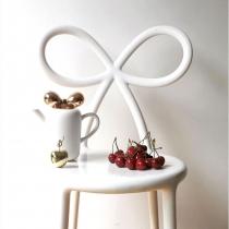 Ribbon Chair valge